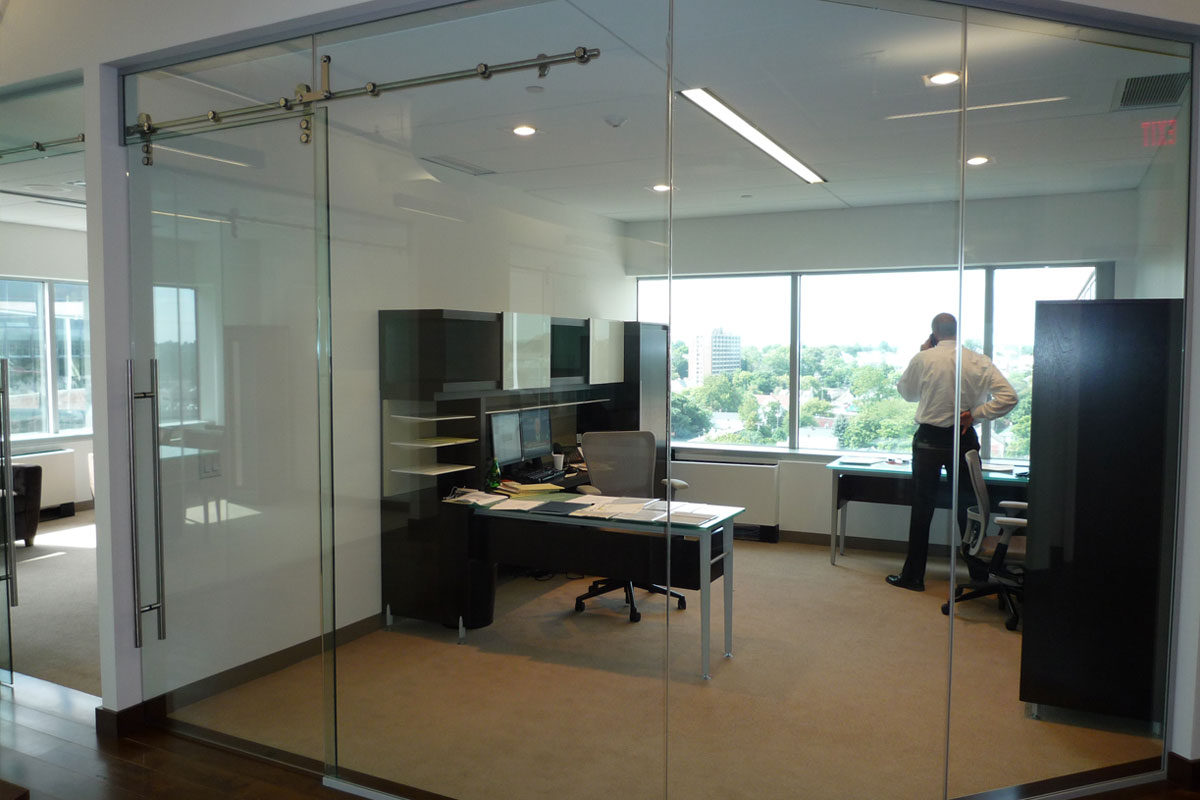 Single Glazed Frameless Glass Wall Partition Gallery 10