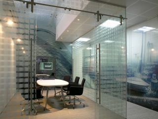 Single Glazed Frameless Glass Wall Partition Gallery 3