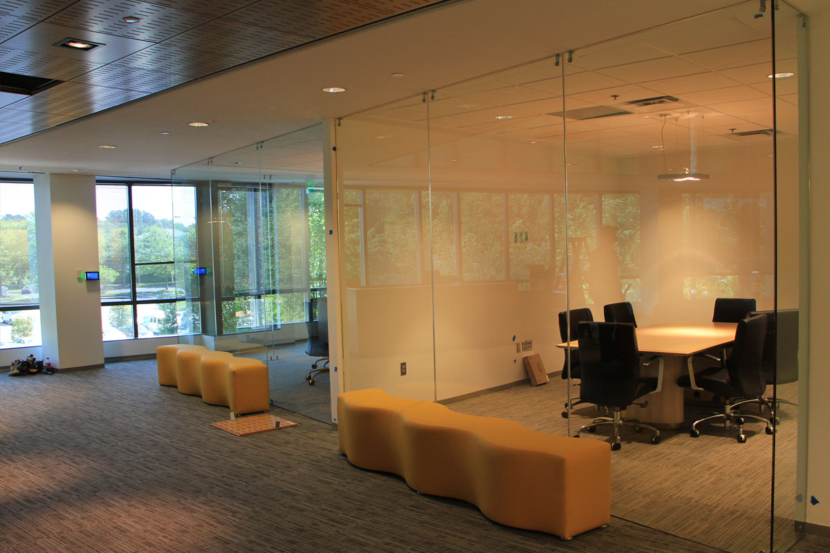 Single Glazed Frameless Glass Wall Partition Gallery 9