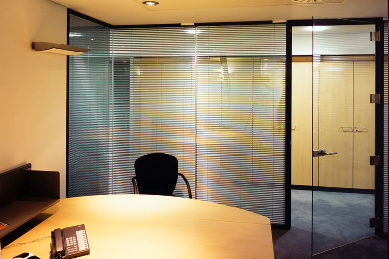 Solare Double Glazed - Frameless Glass Walls