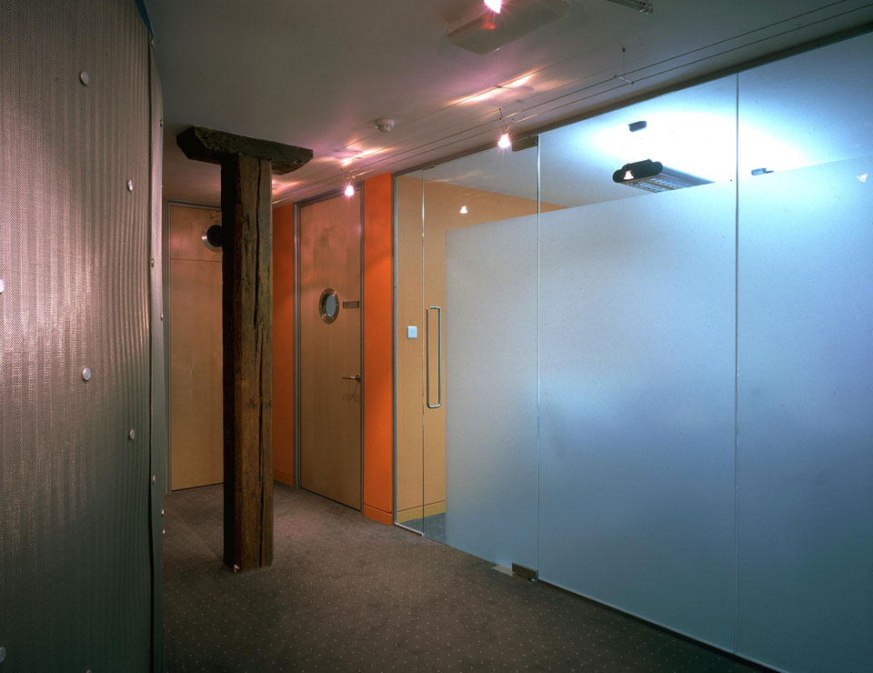 Single Glazed Frameless Glass Wall Partition 2