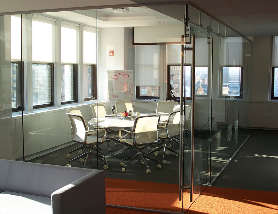 Single Glazed Frameless Glass Wall Partition 5