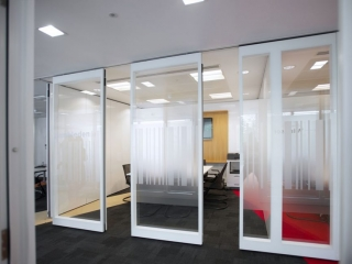 Movare Double Glazed Movable Glass Partition Gallery 3