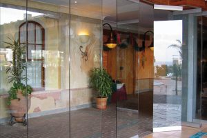 Movare Single Glazed Movable & Foldable Glass Partition Gallery 12