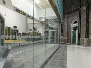 Movare Single Glazed Movable & Foldable Glass Partition Gallery 2