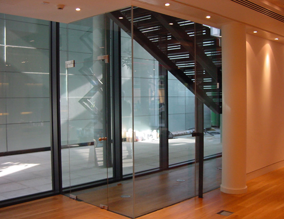 Pivot Single Glazed Frameless Swing Door Slider 1