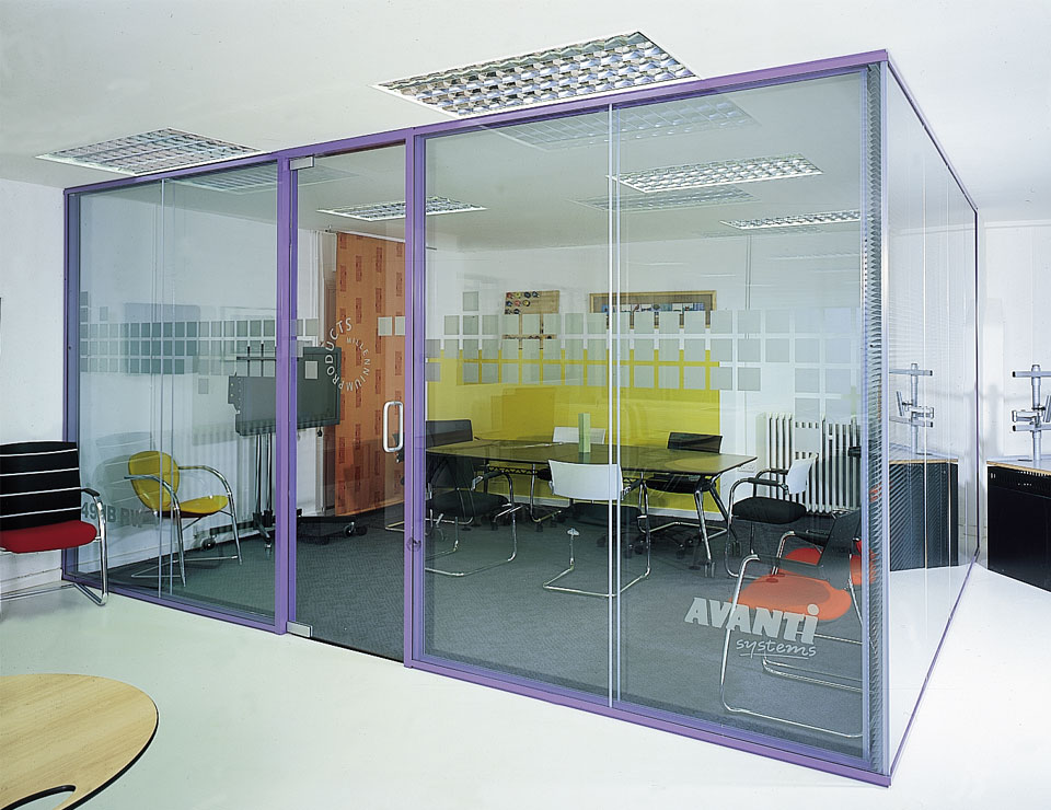 Pivot Single Glazed Frameless Glass Herculite Door