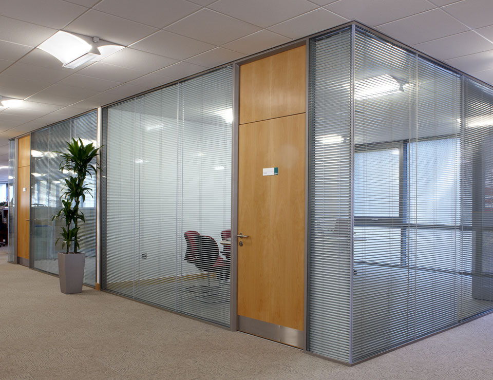Acoustic Frameless Double Glazed Glass Wall Slider 5