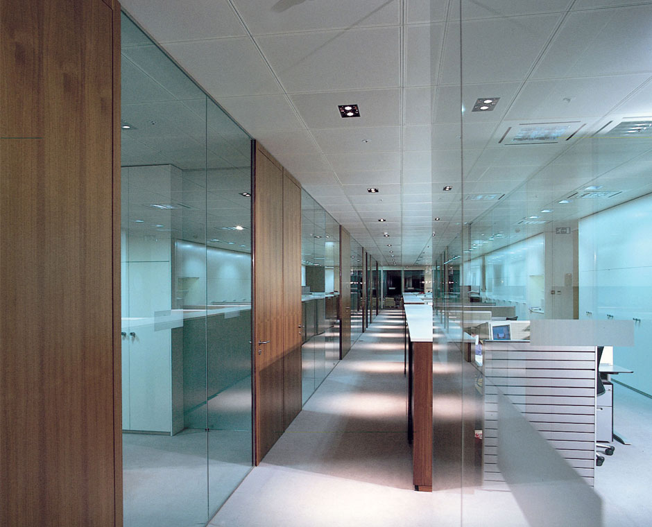 Integrating Glass Into Your Office