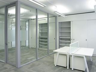 Transverso Modular Monoblock Glass Wall Gallery 2
