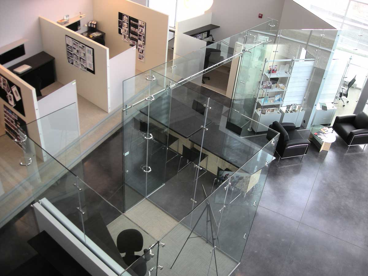 Glass Partitions for Separation
