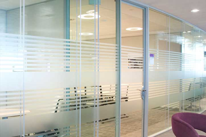 Office glass door designs Modern Style Glass Office Divider Avanti Systems Usa Glass Office Dividers Walls Avanti Systems Usa