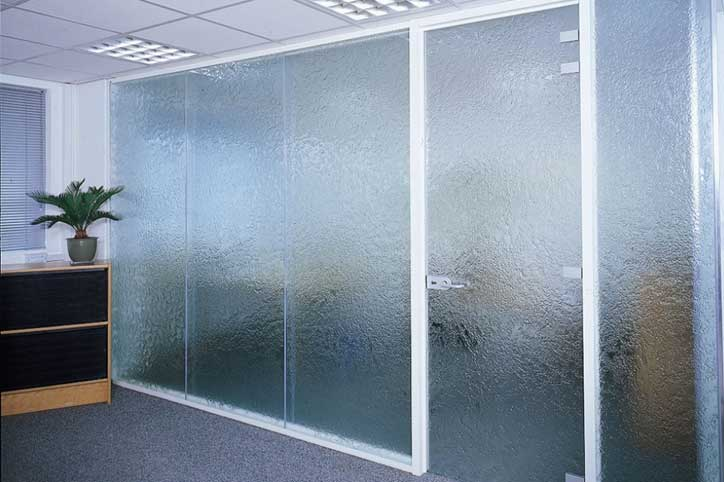 Textured glass on the floor-to-ceiling glass door