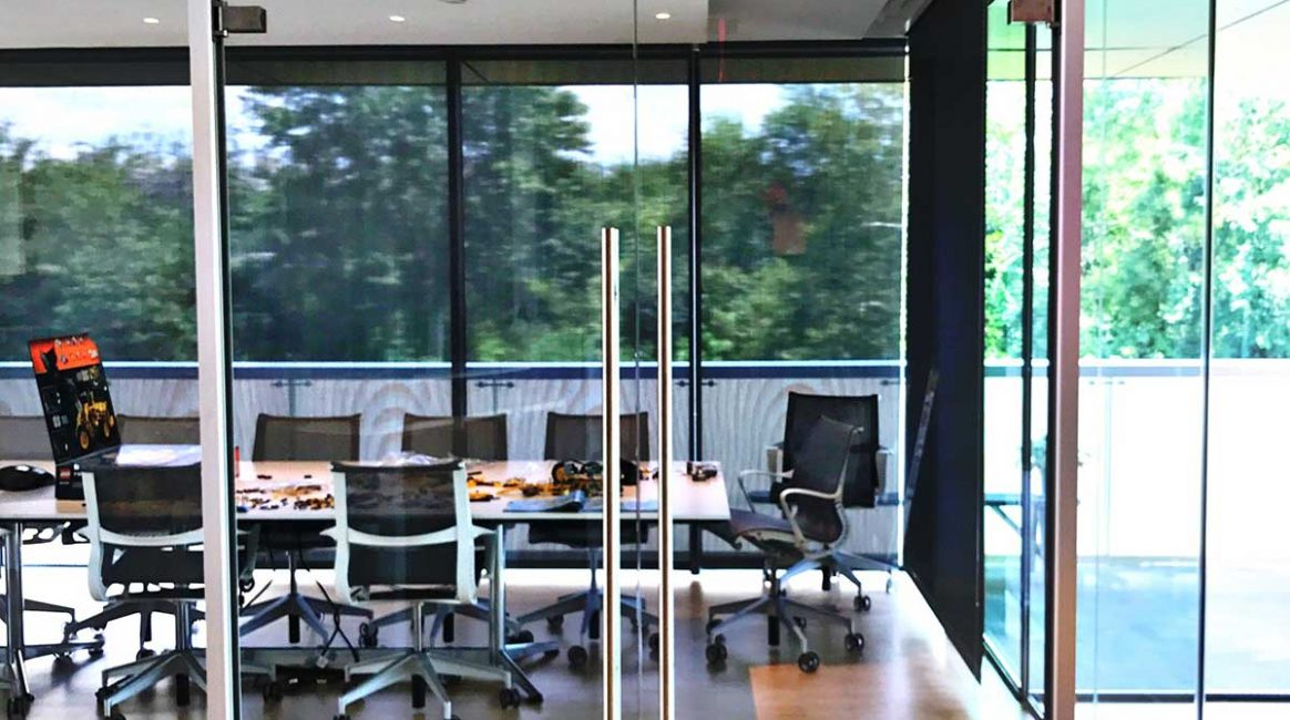 House of Sweden - Glass Wall Project - Avanti Systems USA