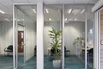 Glass Walls for Commercial Interiors | Avanti Systems USA