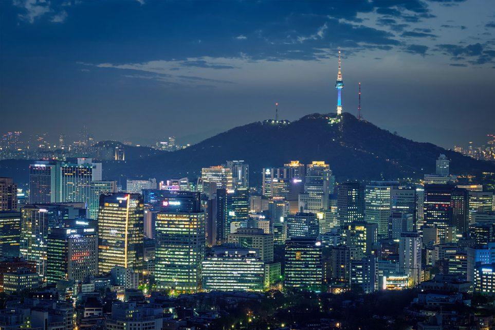 Seoul downtown cityscape