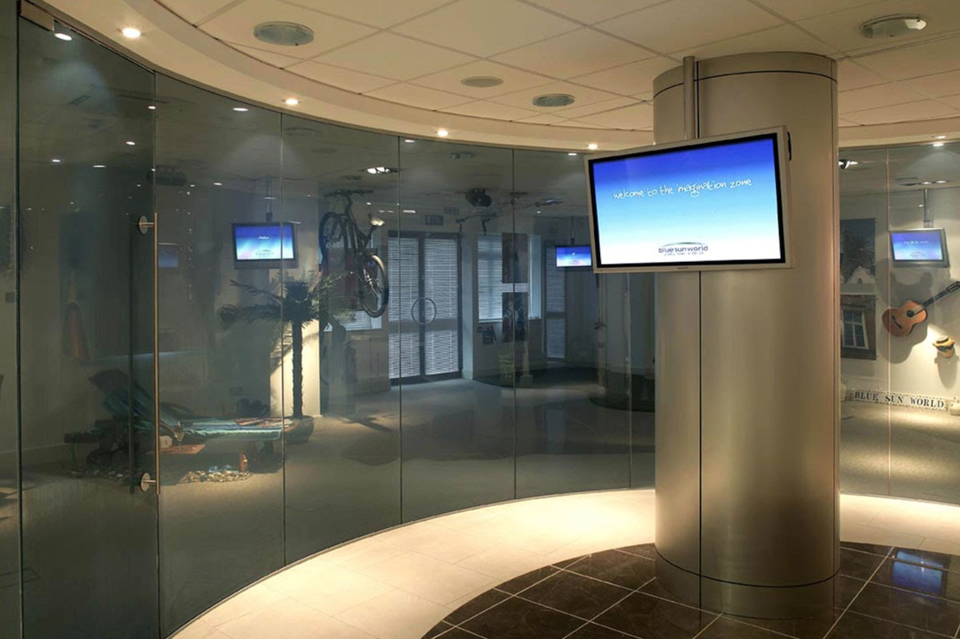 Electronic Switchable Glass